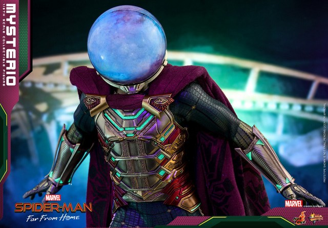 hot toys spider-man far from home mysterio figure - wide shot