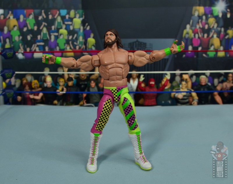 wwe elite macho king figure review - arms out