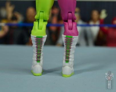 wwe elite macho king figure review - boot detail