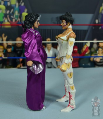 wwe elite sensational sherri figure review - facing jakks sherri