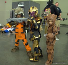 Baltimore Comic Con 2019 cosplay -rocket raccoon, thanos and groot