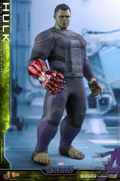 hot toys avengers endgame hulk figure - standing
