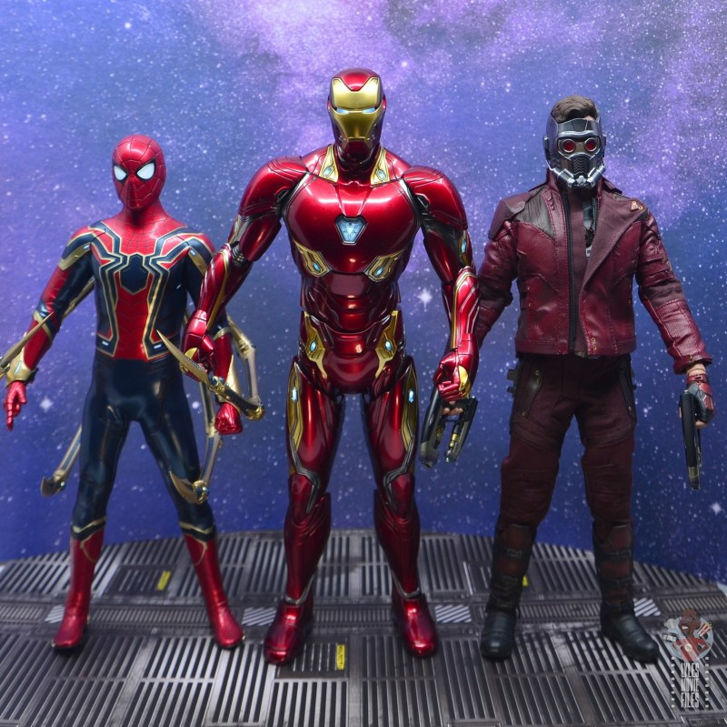 hot toys avengers infinity war iron man figure review - scale with iron spider and star-lord