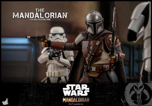 hot toys the mandalorian figure - face off with stormtroopers