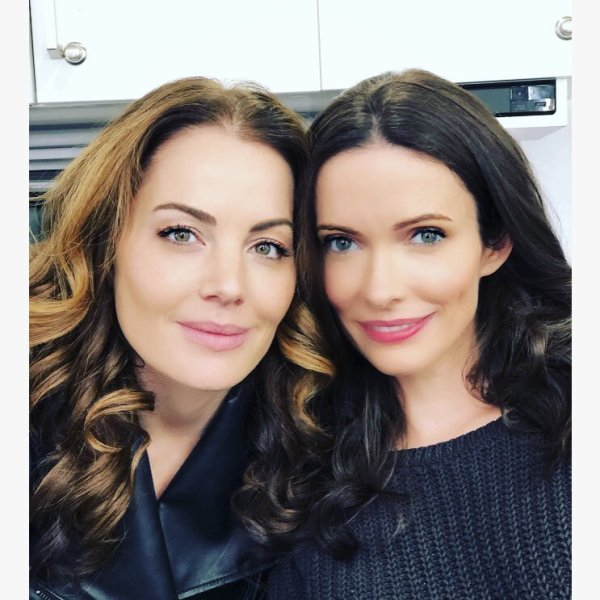 lois lanes - erica durance and elizabeth tulloch