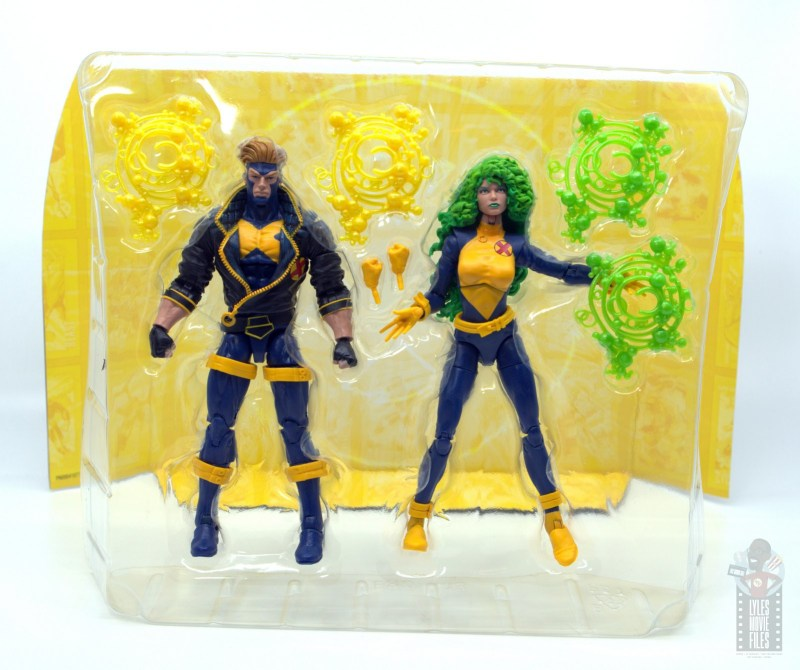 marvel legends havok and polaris figure review -in tray with accessories