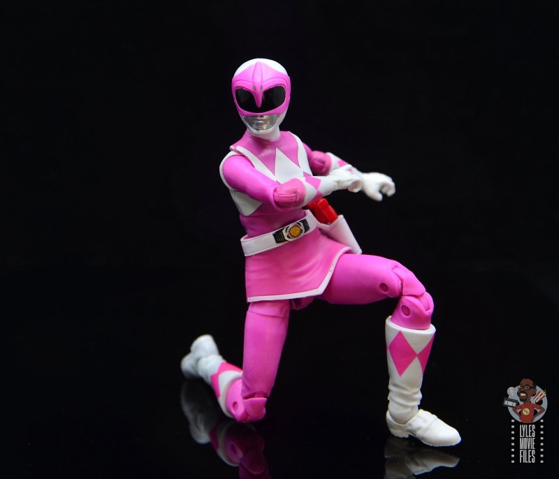 power rangers lightning collection pink ranger figure review -kneeling