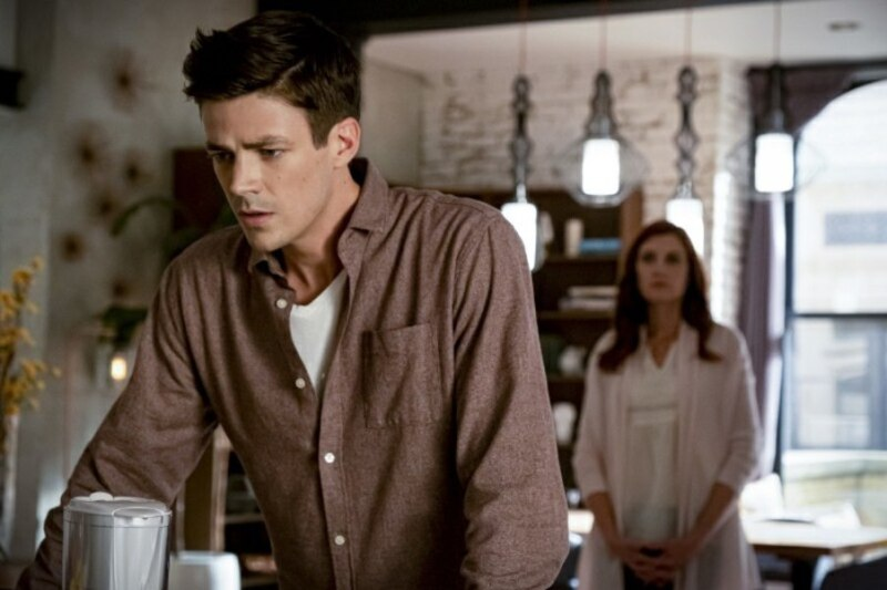 the flash - the last temptation of barry allen part 1 - barry and his mother