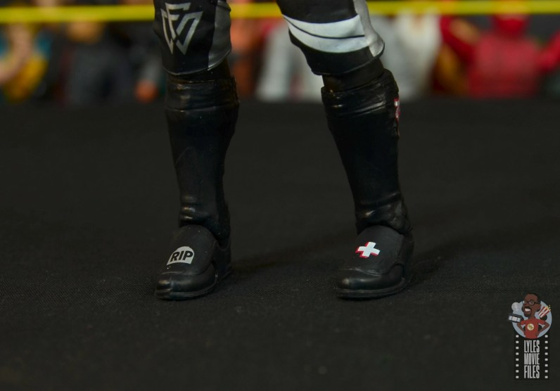 wwe elite undisputed era figure set review - bobby fish - boots detail