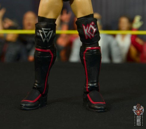 wwe elite undisputed era figure set review - kyle o'reilly -kneepad and boot detail