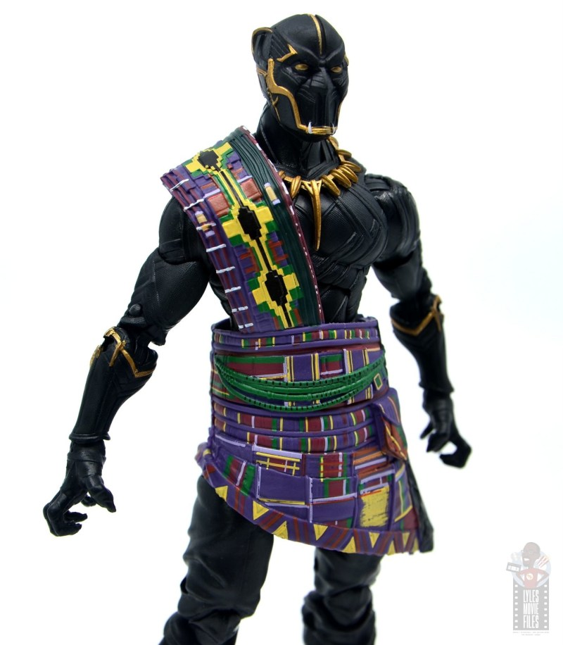 marvel legends black panther t'chaka figure review - kente cloth detail