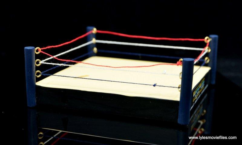 wrestlemania 13 bret hart vs steve austin bobblehead set review - ring side