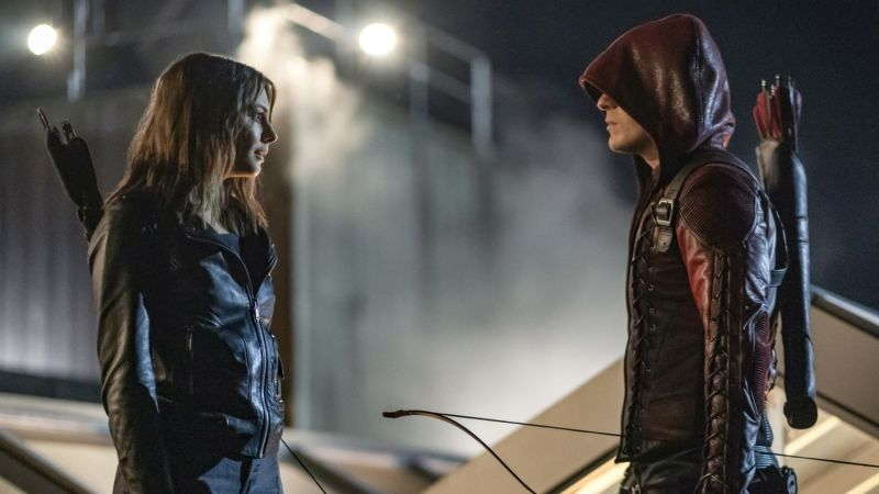 arrow fadeout review - thea and roy