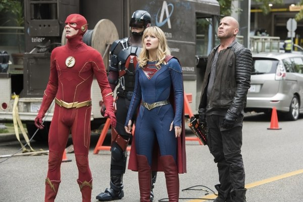 dc's legends of tomorrow - crisis on infinite earths part 5 - the flash, supergirl, atom and rory