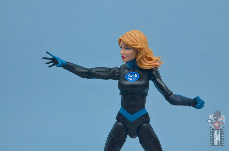 marvel legends invisible woman figure review -gesturing