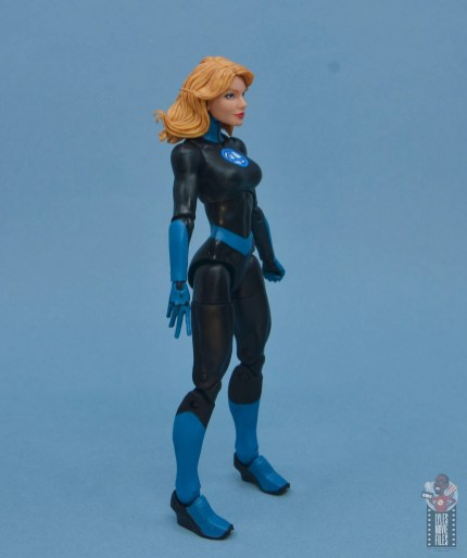 marvel legends invisible woman figure review - right side