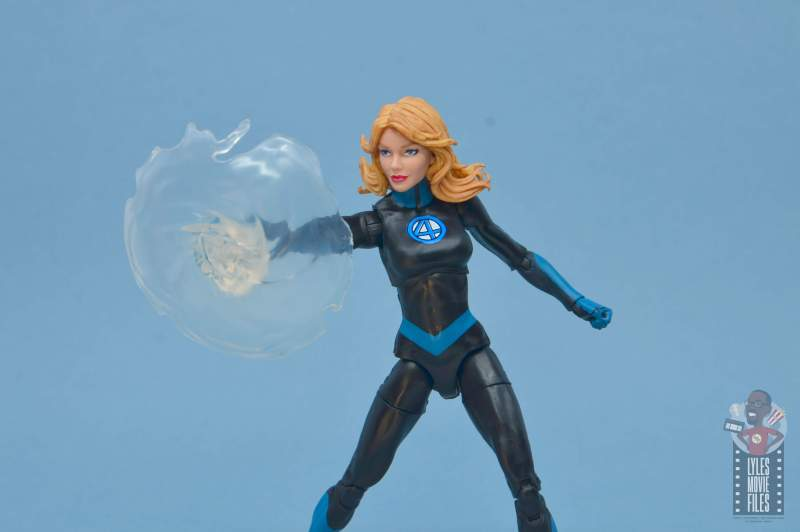 marvel legends invisible woman figure review -shield close up