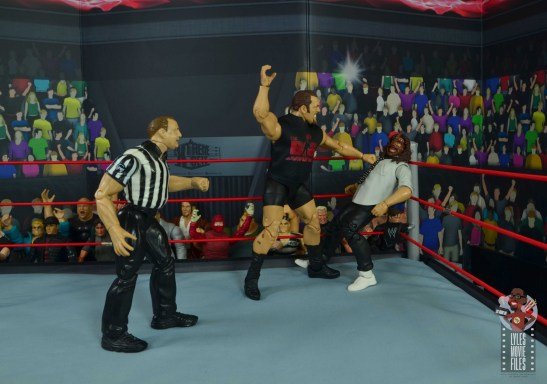 wwe elite 71 the big show figure review - chopping mankind in the corner