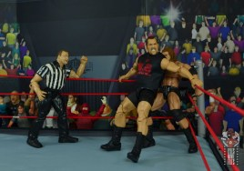 wwe elite 71 the big show figure review - corner smother to triple h