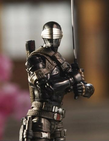 G.I. Joe Classified Series Snake Eyes Deluxe Action Figure - sword drawn