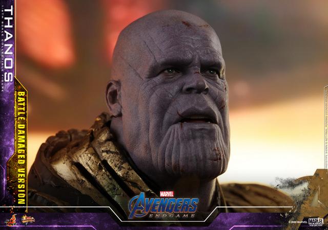 hot toys avengers endgame thanos battle damaged figure - close up on shocked head
