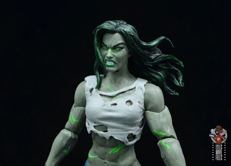 marvel legends she-hulk figure review - close up head and hair