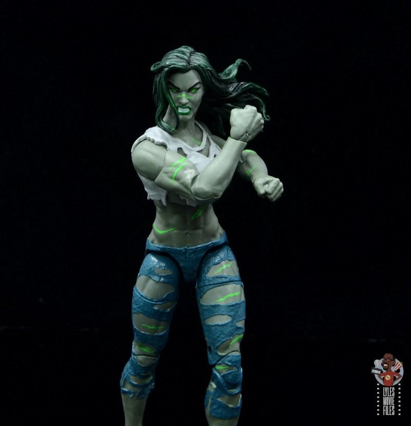 marvel legends she-hulk figure review - flexing