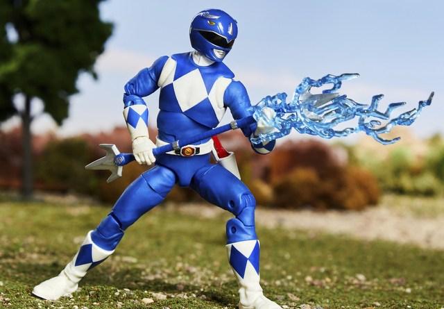mighty morphin power rangers blue ranger - battle stance