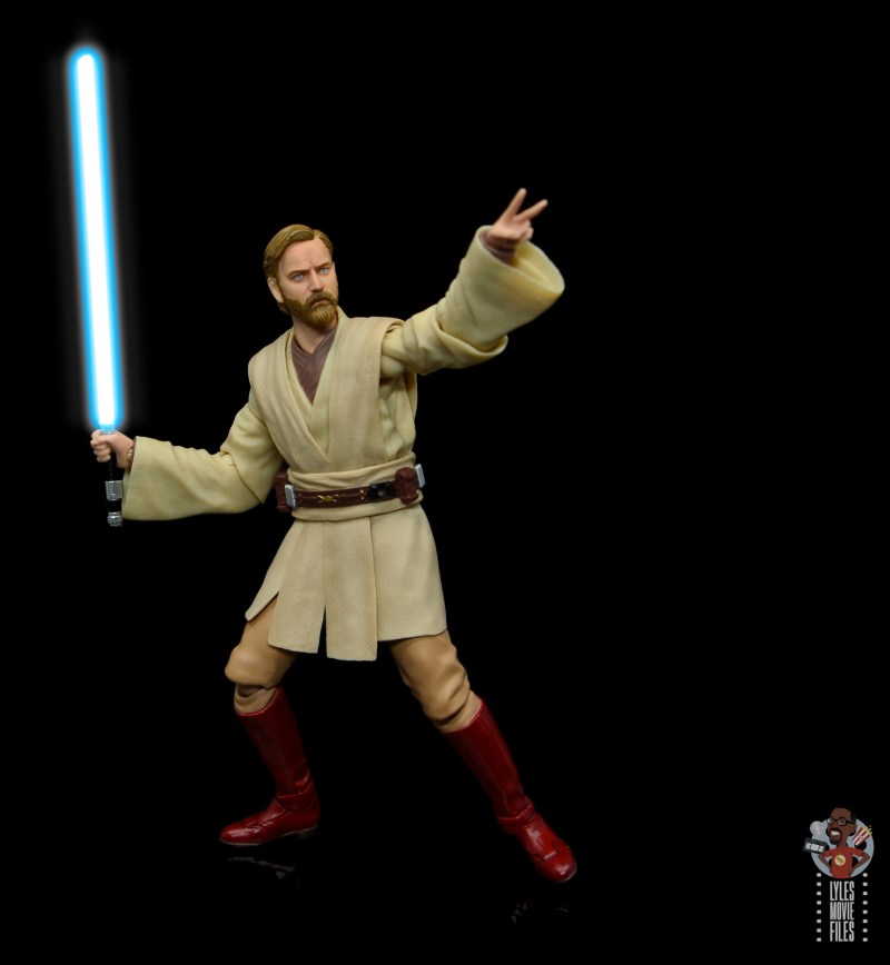 sh figuarts obi-wan kenobi revenge of the sith figure review - aiming up
