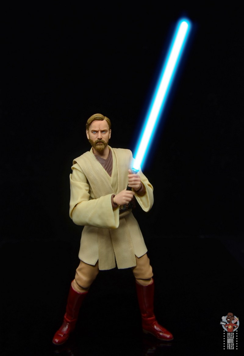 sh figuarts obi-wan kenobi revenge of the sith figure review - holding lightsaber front