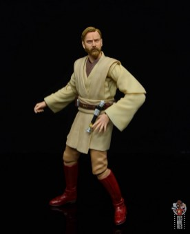 sh figuarts obi-wan kenobi revenge of the sith figure review - reaching for lightsaber