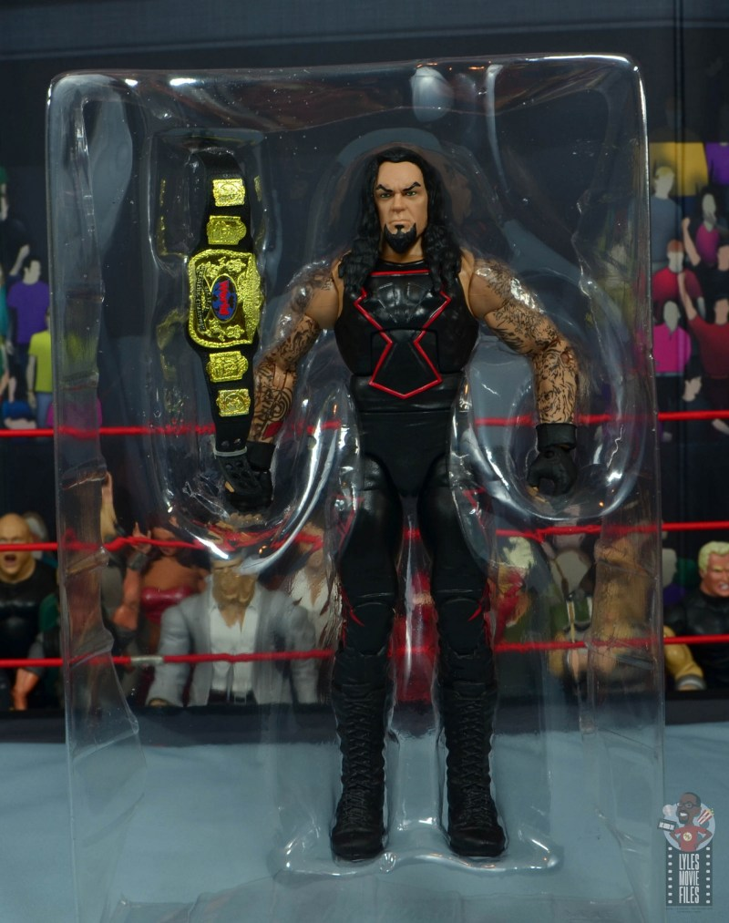 wwe hall of champions undertaker figure review - figure in tray