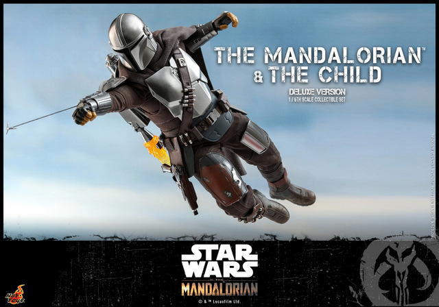 hot toys the mandalorian and the child deluxe figure set - using grappel hook