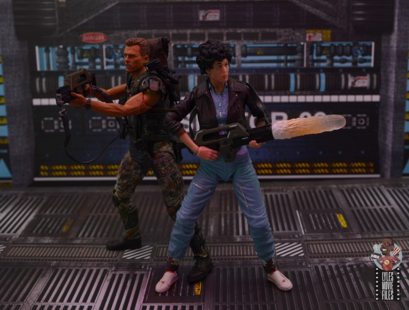 neca aliens ripley bomber jacket figure review - back to back with hicks