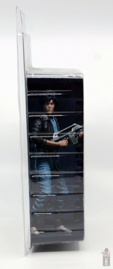 neca aliens ripley bomber jacket figure review - package right side