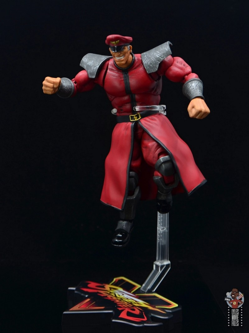 storm collectibles street fighter m. bison figure review - in the air