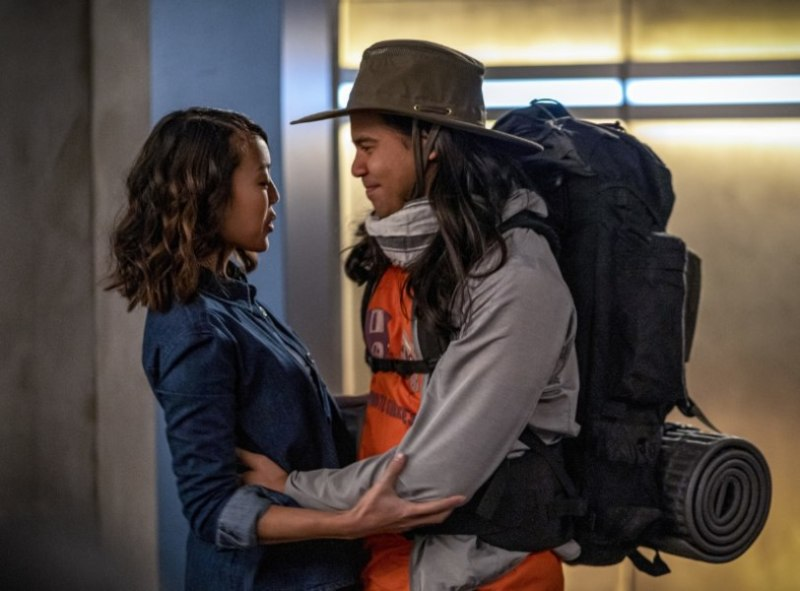 the flash - death of the speed force review - kamilla and cisco