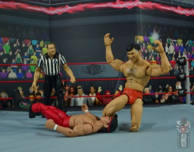 wwe elite gerald brisco figure review - knee smash to ricky steamboat