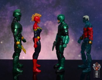 marvel legends yon-rogg figure review - facing genis-vell, captain marvel and captain marvel