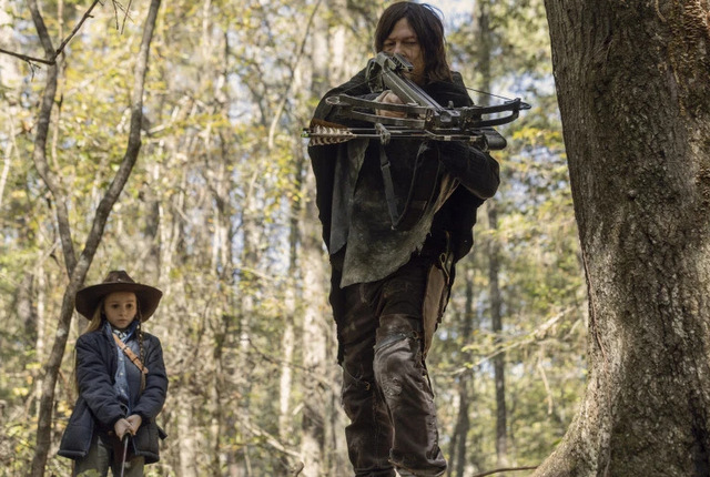 the walking dead the tower review - judith and daryl