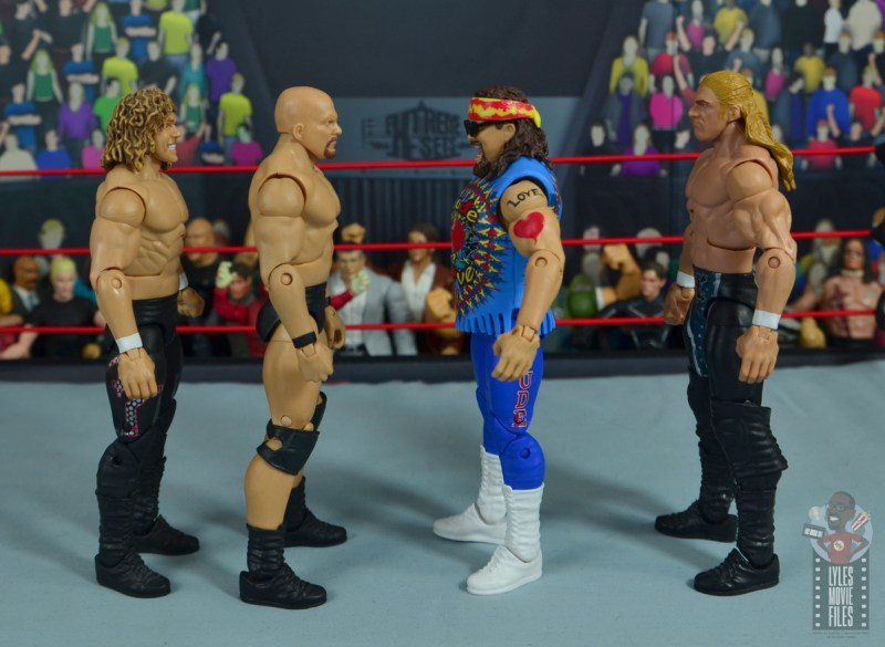 wwe elite #62 dude love figure review - facing flying brian, stone cold and triple h-001