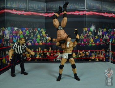 wwe elite #74 goldberg figure review - jackhammer to triple h