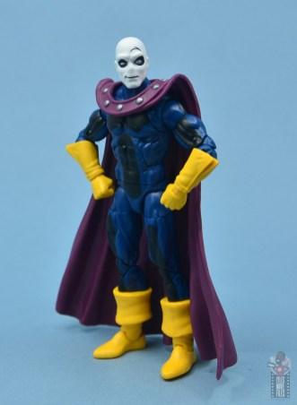 marvel legends morph figure review - hands on hips