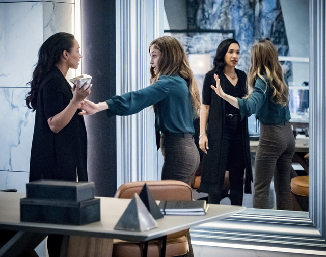 the flash liberation review - iris and eva