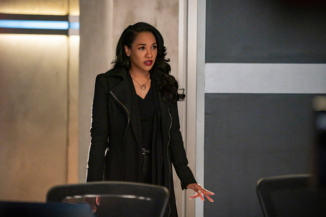 the flash pay the piper review - iris walking