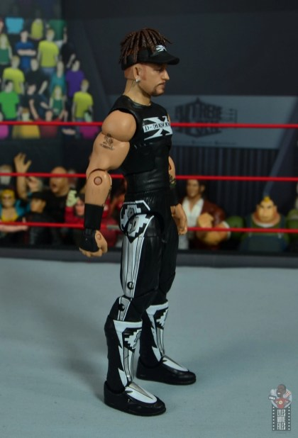 wwe elite hall of champions road dogg figure review - right side