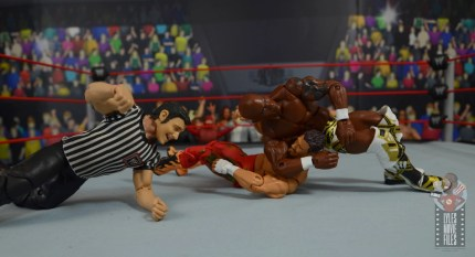 wwe elite shelton benjamin figure review - reverse chinlock on eddie guerrero