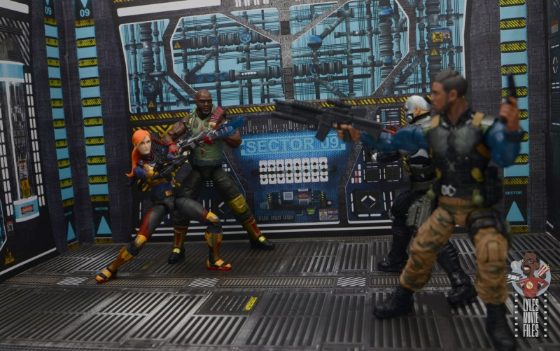 gi joe classified series roadblock figure review - face off with killmonger and scourge