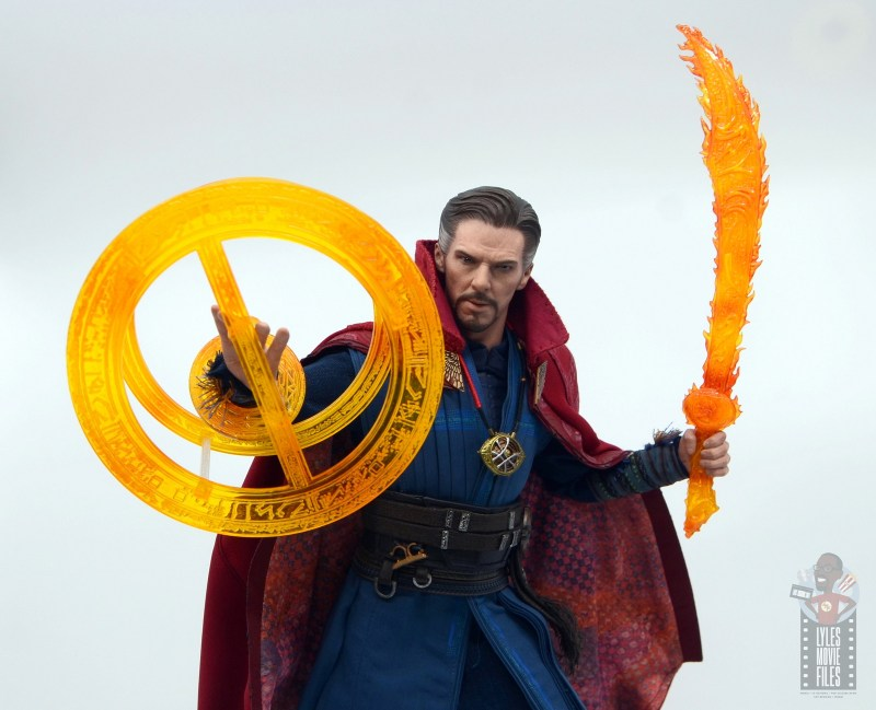 hot toys avengers infinity war doctor strange figure review -large shield and sword