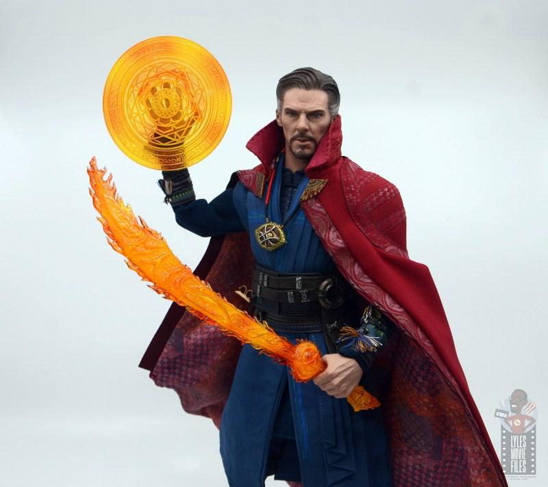 hot toys avengers infinity war doctor strange figure review - ready for battle
